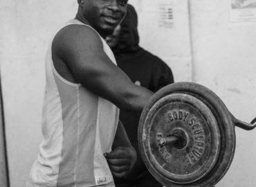 Jak wykorzystać trening na siłowni ?